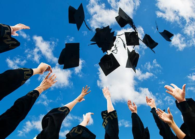 Sinh viên tốt nghiệp có cơ hội việc làm cao