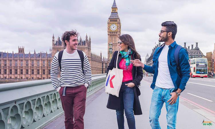 Đại học ứng dụng tại Anh