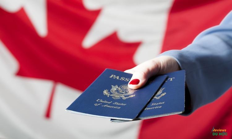 Hồ sơ xin visa du học Canada