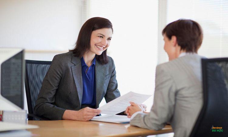 Có cần tham dự một cuộc phỏng vấn tuyển sinh?