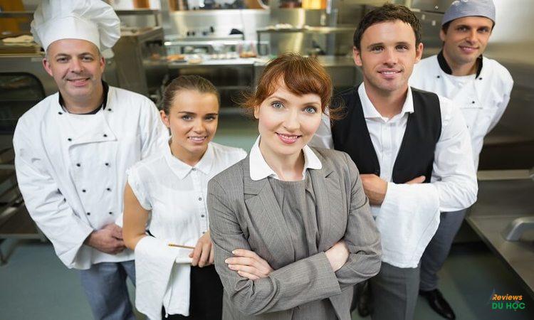 Cơ hội việc làm cao tại tất cả các ngành nghề