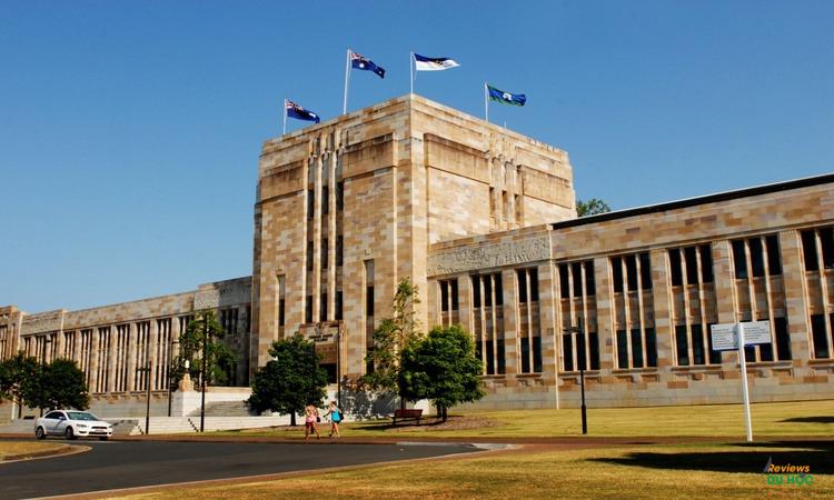Đại học Queensland (UQ)