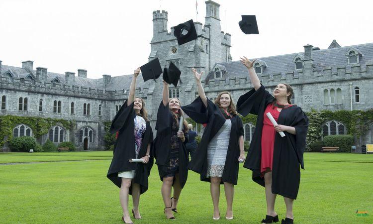 Du học ngành Y tại Ireland