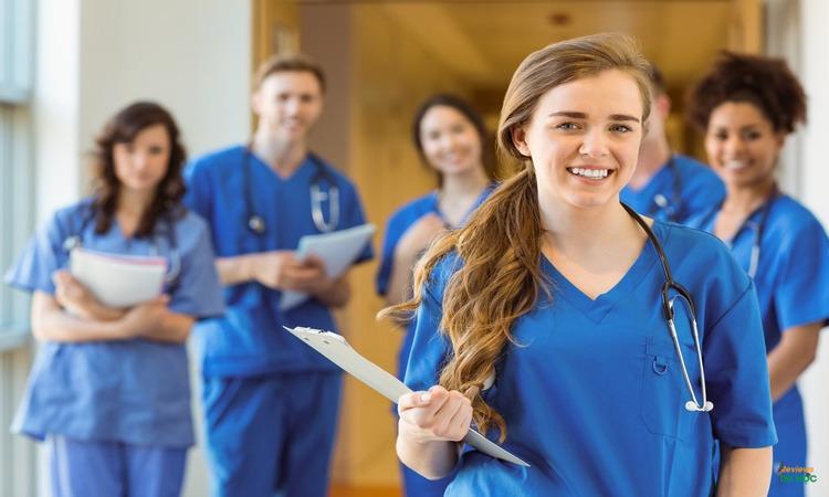 Người học ngành y cần có sự can đảm
